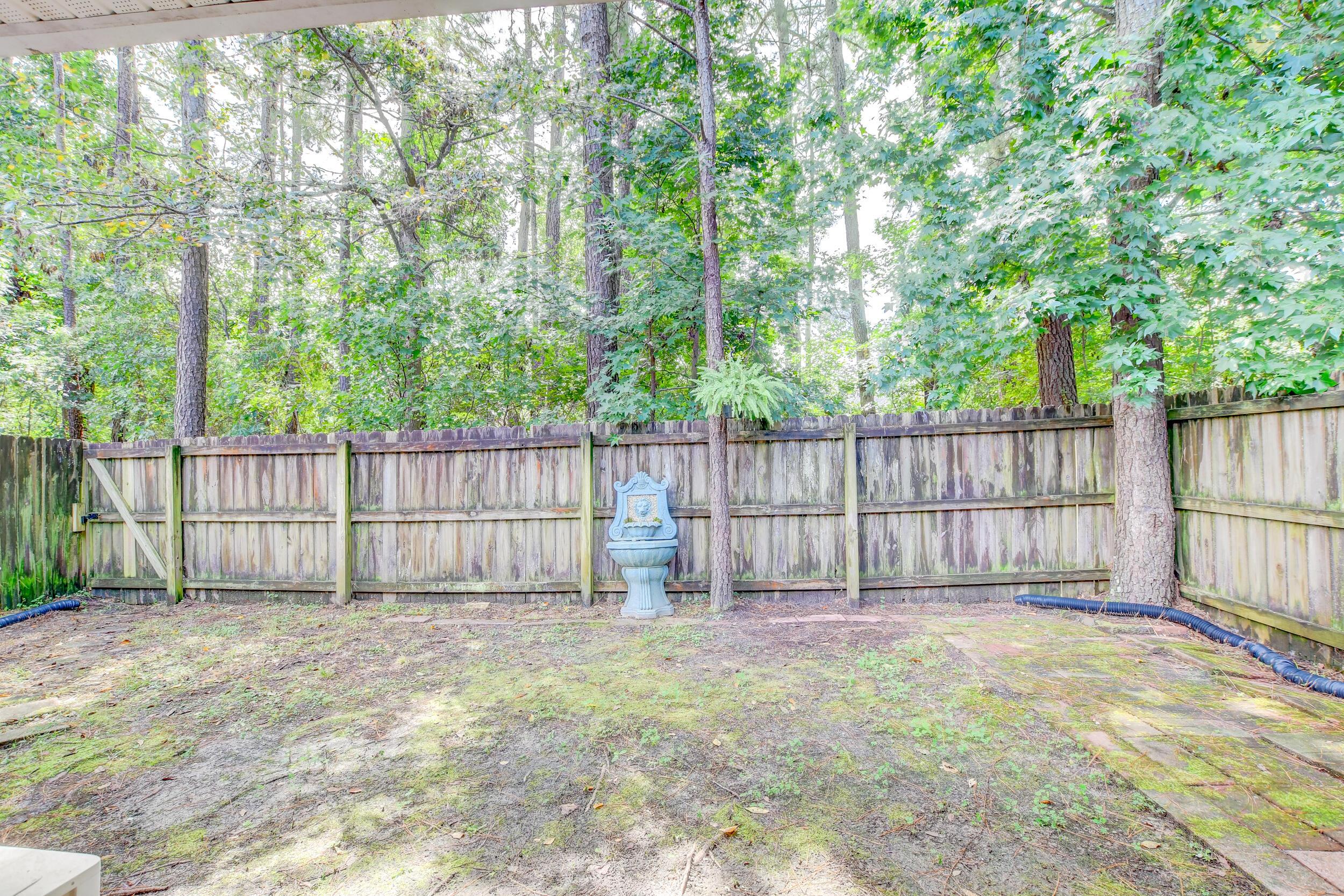 Crowfield Plantation Homes For Sale - 1010 Longview, Goose Creek, SC - 29