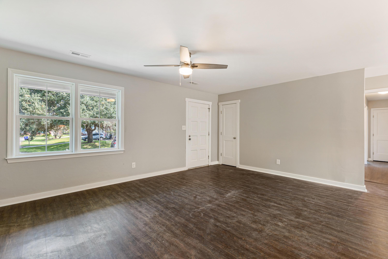 Whitehouse Plantation Homes For Sale - 1309 Hampshire, Charleston, SC - 2