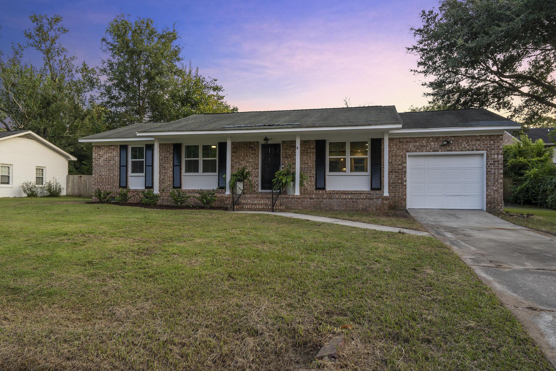 Whitehouse Plantation Homes For Sale - 1309 Hampshire, Charleston, SC - 0
