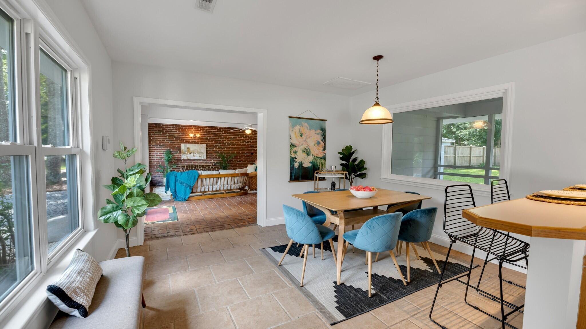 Camp Road Estates Homes For Sale - 825 Hale, Charleston, SC - 12