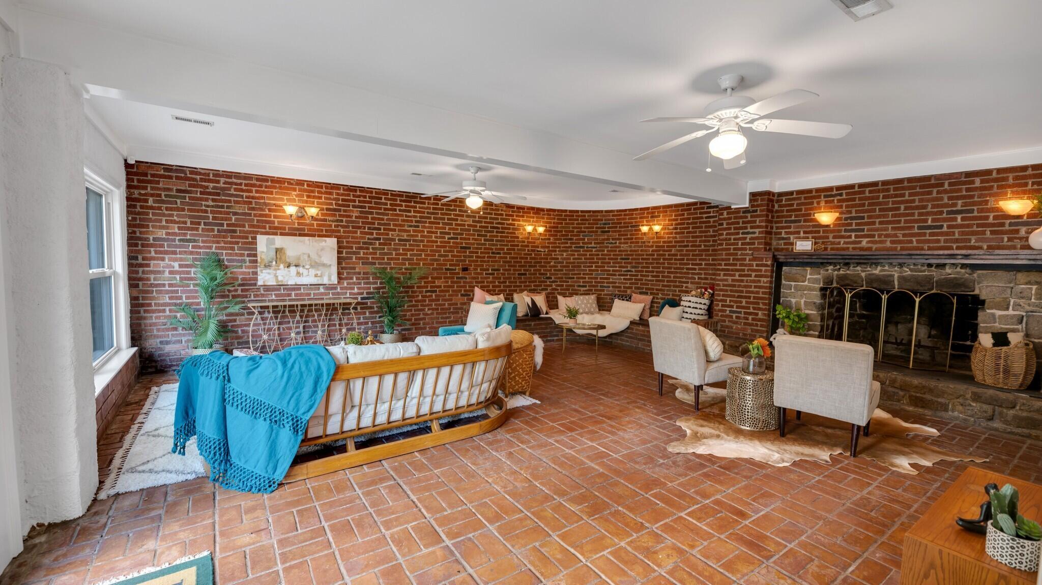 Camp Road Estates Homes For Sale - 825 Hale, Charleston, SC - 11