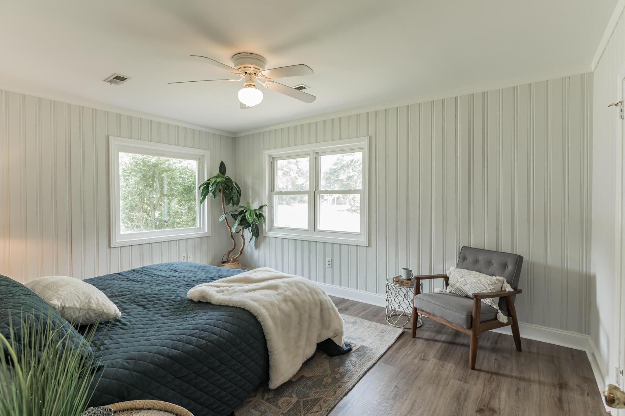 Camp Road Estates Homes For Sale - 825 Hale, Charleston, SC - 1