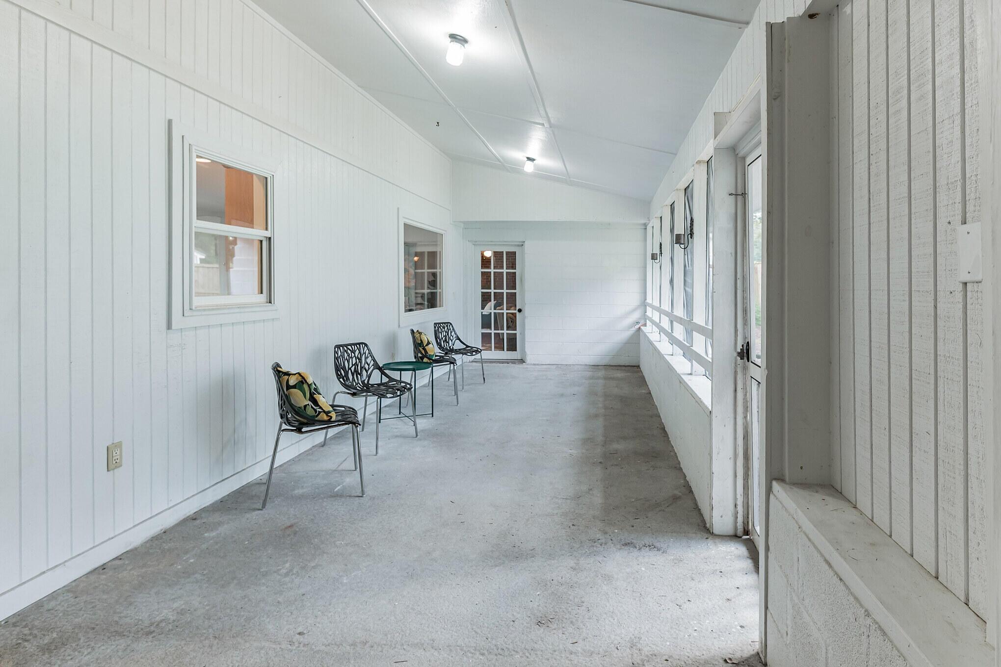 Camp Road Estates Homes For Sale - 825 Hale, Charleston, SC - 4