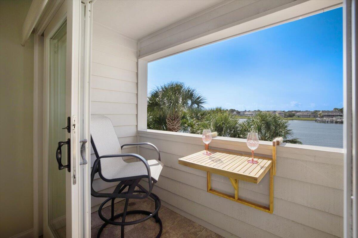 Mariners Cay Homes For Sale - 39 Mariners Cay, Folly Beach, SC - 1