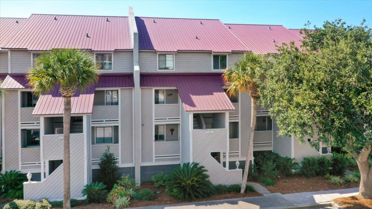 Mariners Cay Homes For Sale - 39 Mariners Cay, Folly Beach, SC - 18