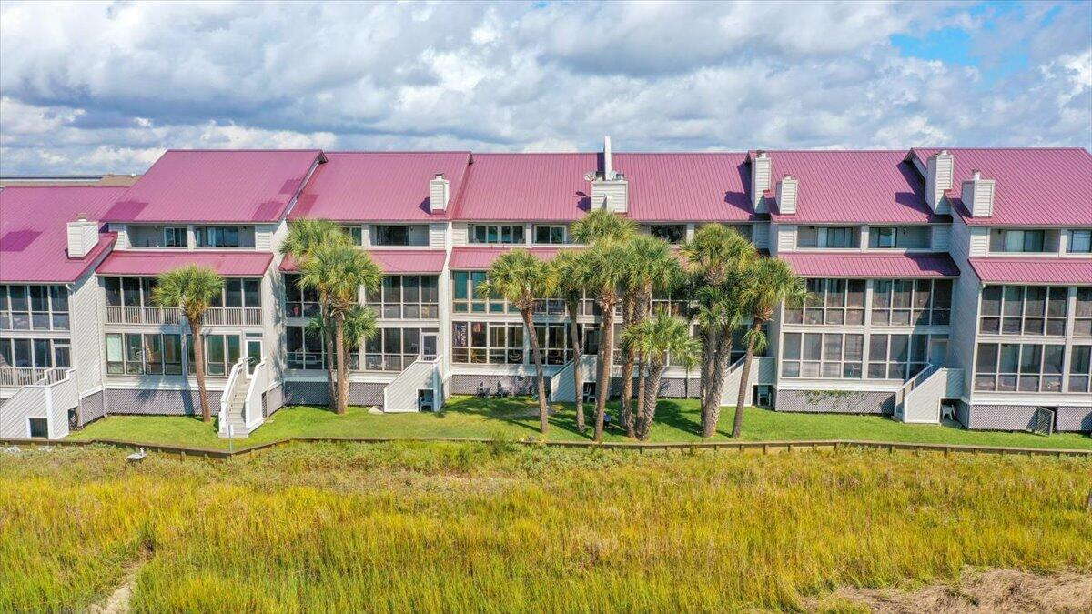 Mariners Cay Homes For Sale - 39 Mariners Cay, Folly Beach, SC - 19