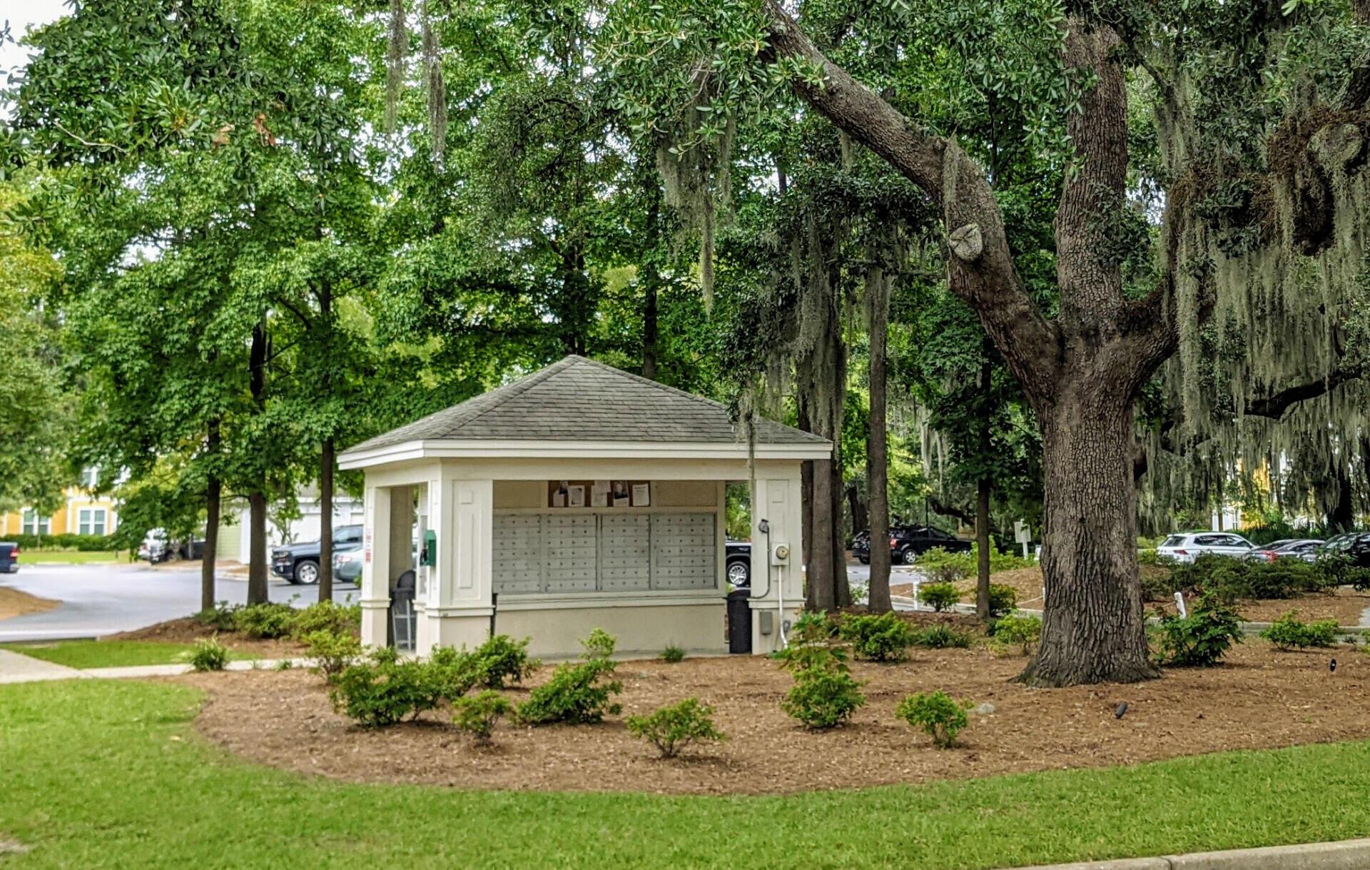 Southampton Pointe Homes For Sale - 2500 Beaucastle, Mount Pleasant, SC - 3