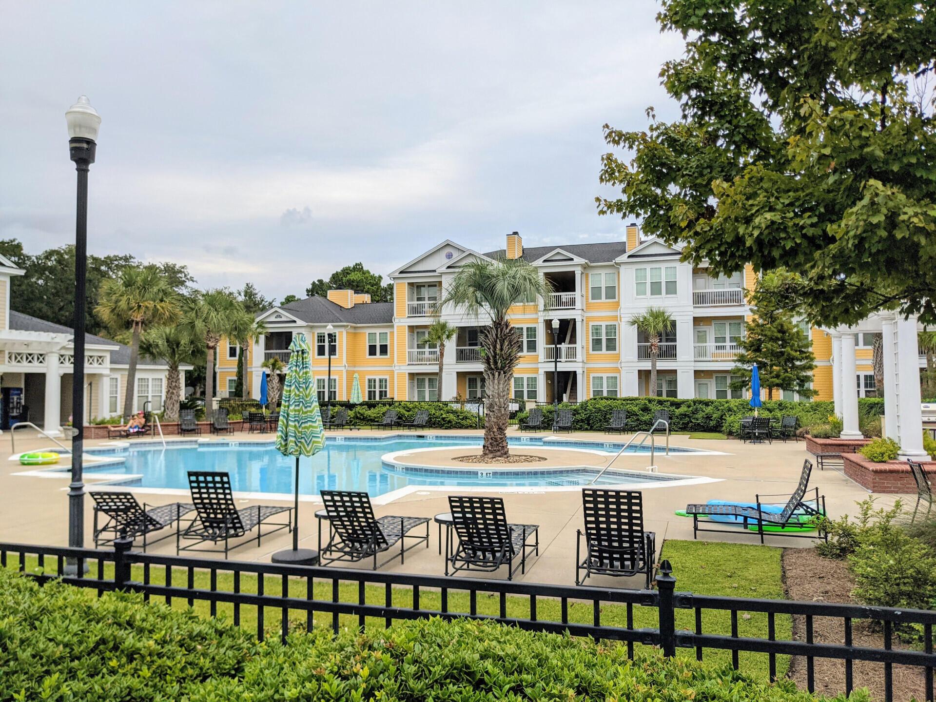 Southampton Pointe Homes For Sale - 2500 Beaucastle, Mount Pleasant, SC - 1
