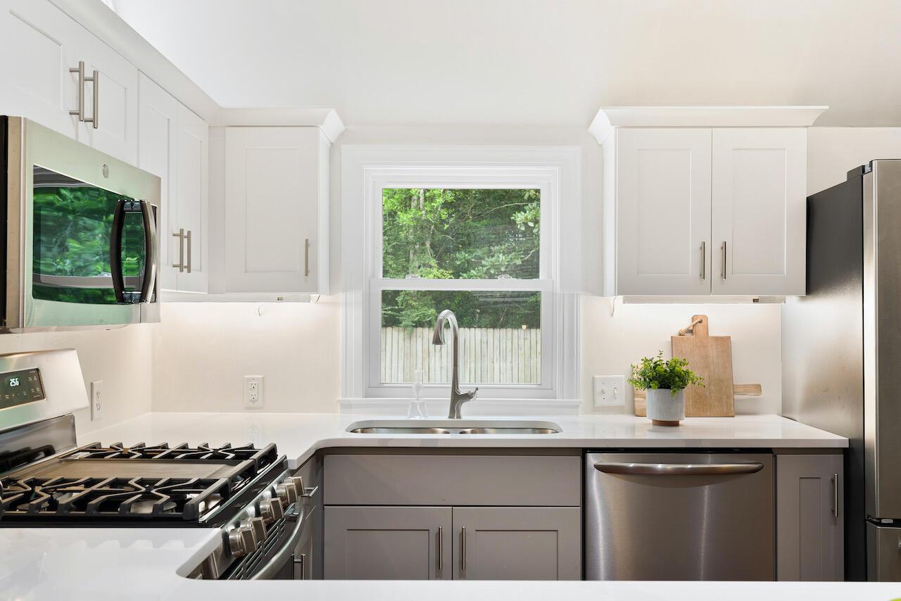 Riverland Terrace Homes For Sale - 303 Yates, Charleston, SC - 28