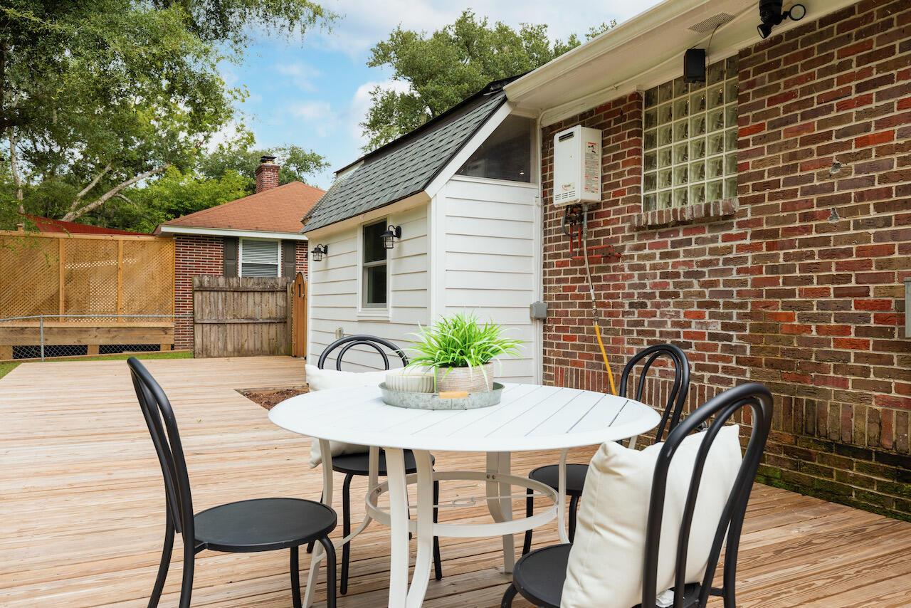 Riverland Terrace Homes For Sale - 303 Yates, Charleston, SC - 15