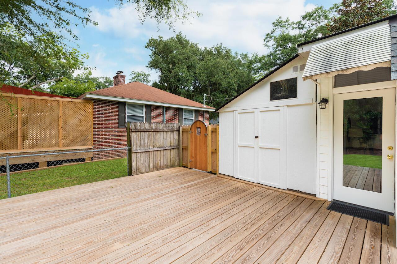 Riverland Terrace Homes For Sale - 303 Yates, Charleston, SC - 10