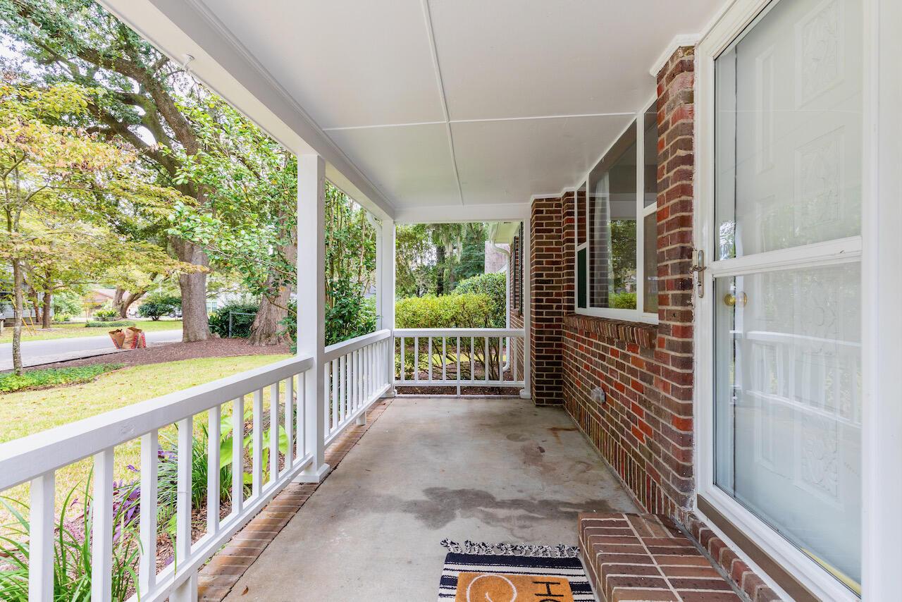 Riverland Terrace Homes For Sale - 303 Yates, Charleston, SC - 2