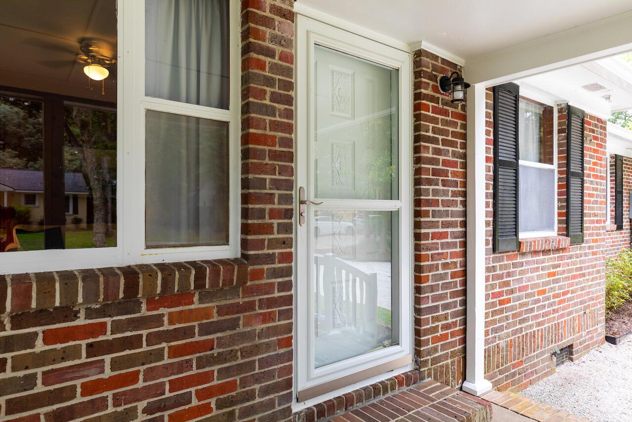 Riverland Terrace Homes For Sale - 303 Yates, Charleston, SC - 3
