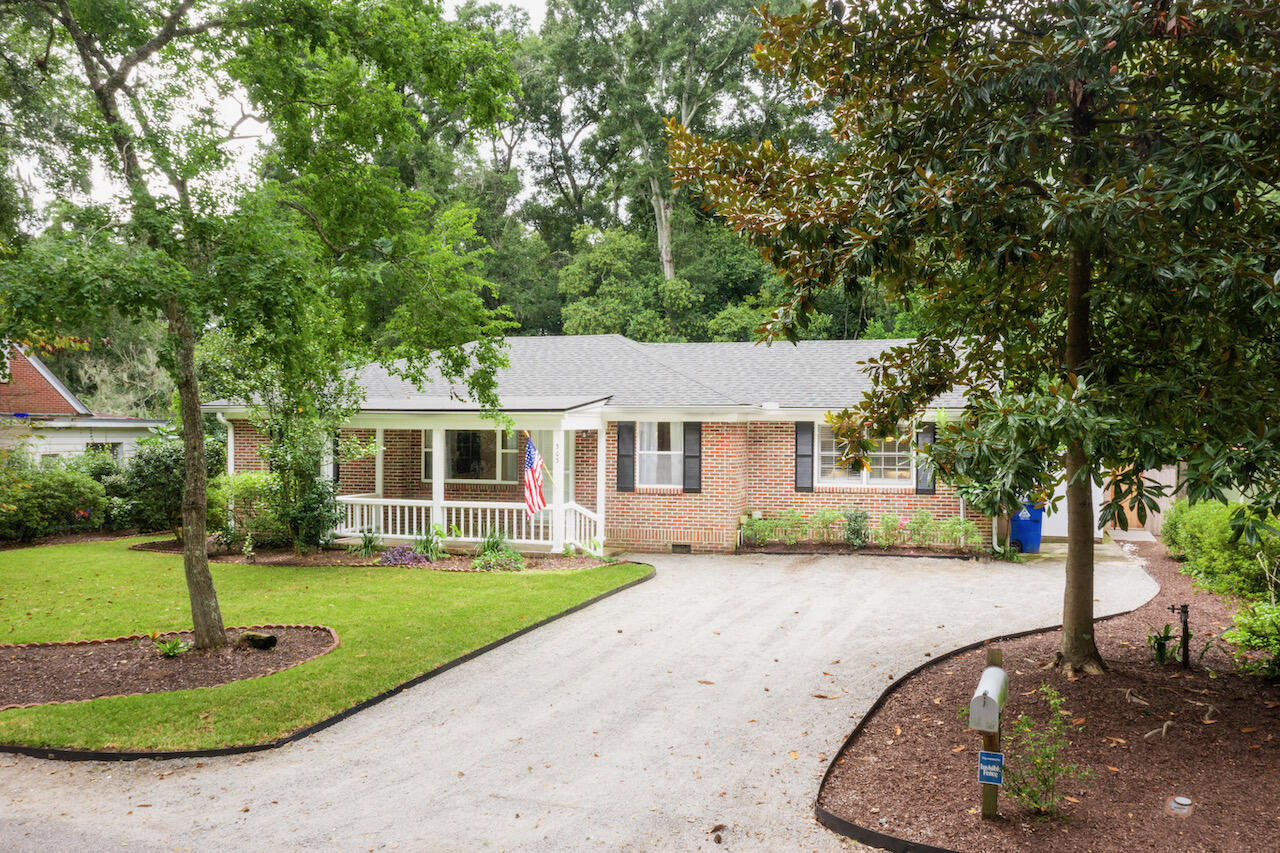 Riverland Terrace Homes For Sale - 303 Yates, Charleston, SC - 4
