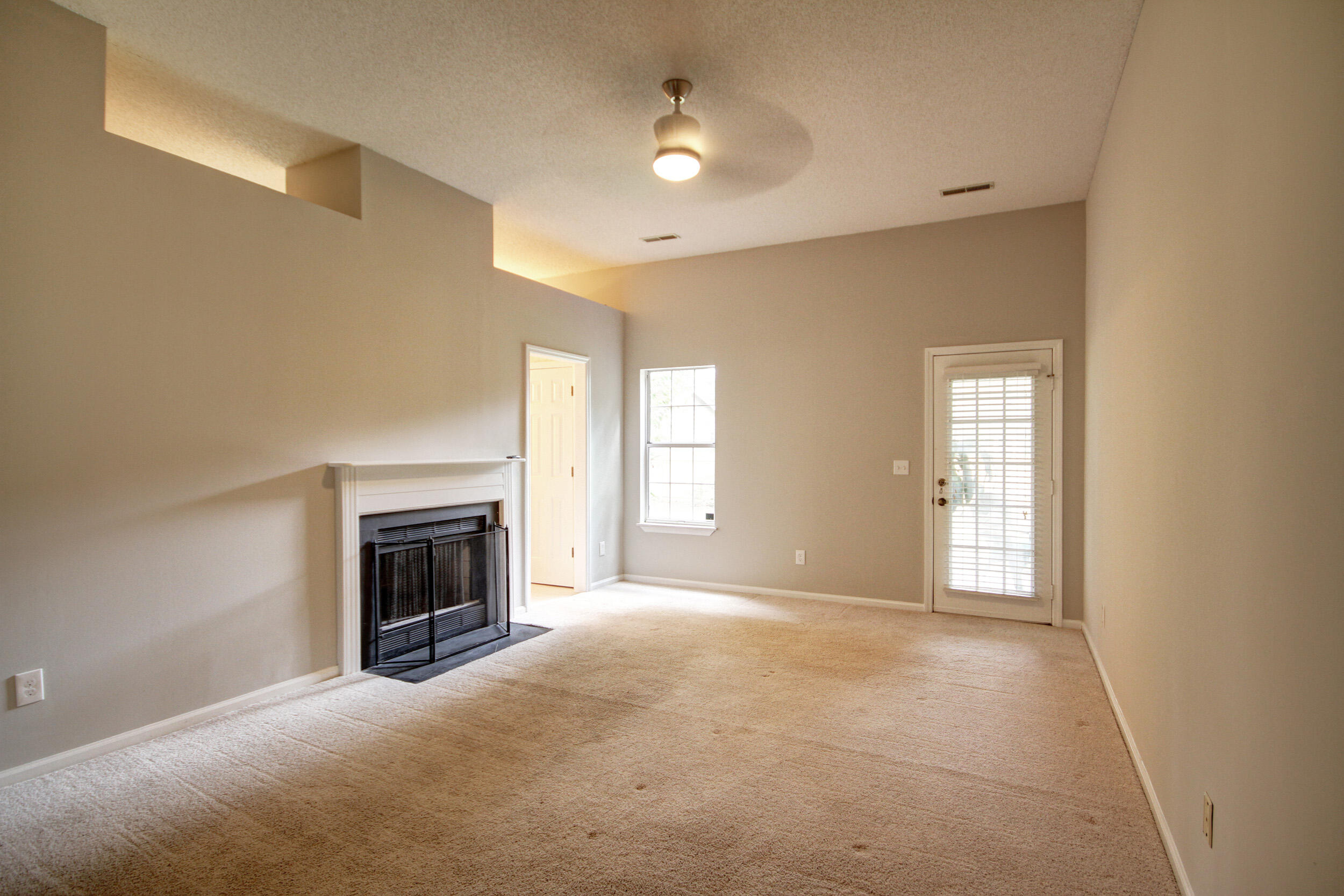 Longpoint Homes For Sale - 2013 Arundel, Mount Pleasant, SC - 11