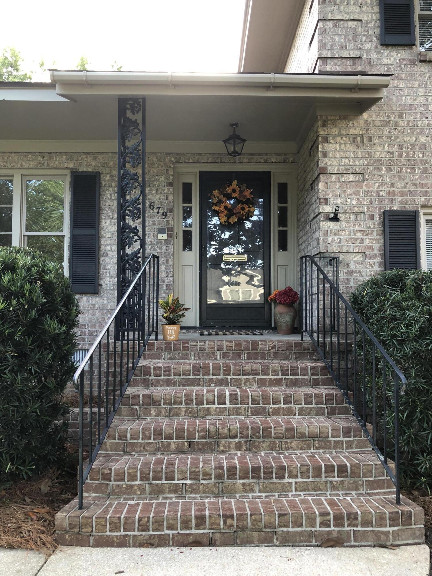 Cooper Estates Homes For Sale - 679 Pawley, Mount Pleasant, SC - 13