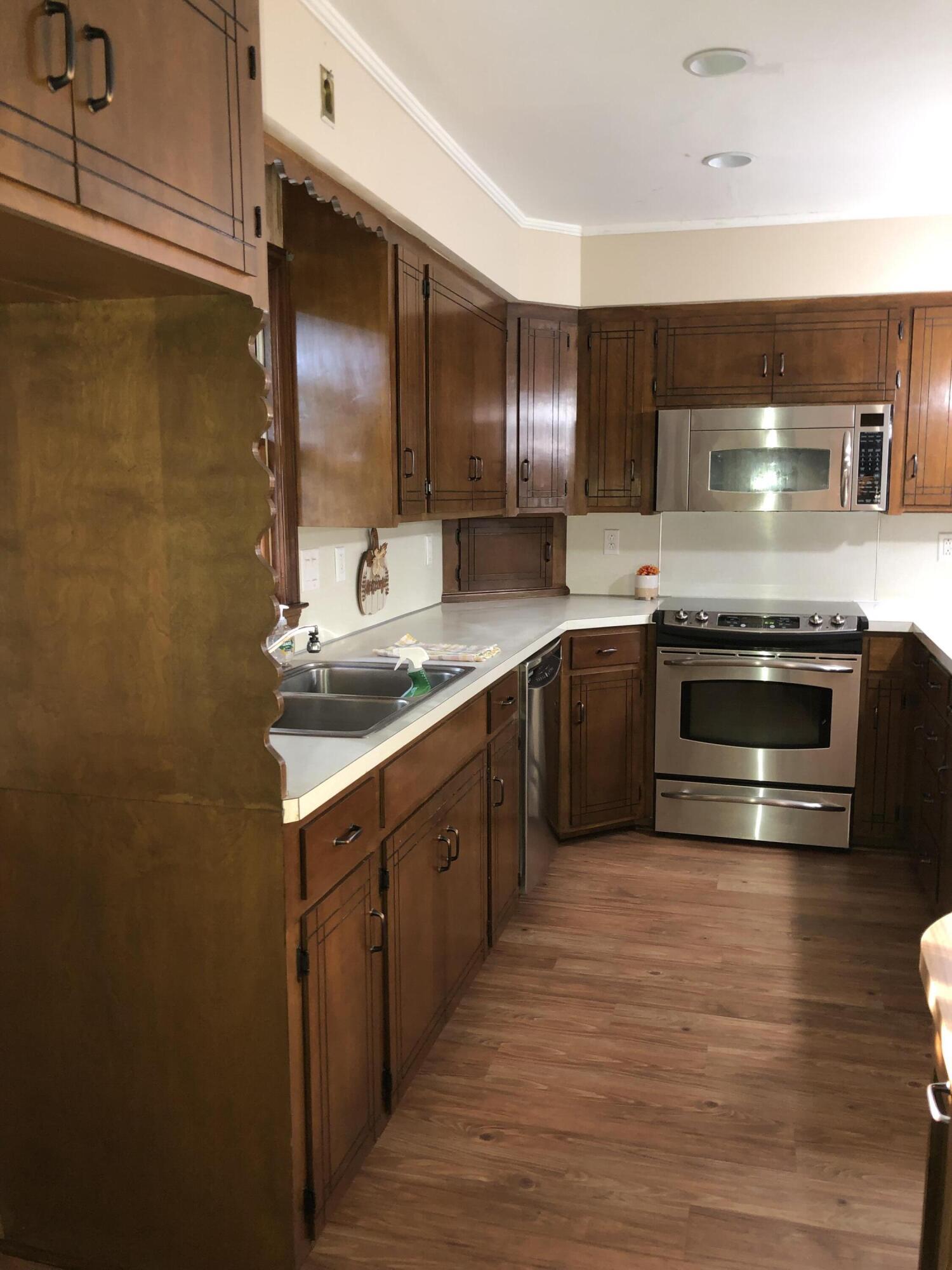 Cooper Estates Homes For Sale - 679 Pawley, Mount Pleasant, SC - 21