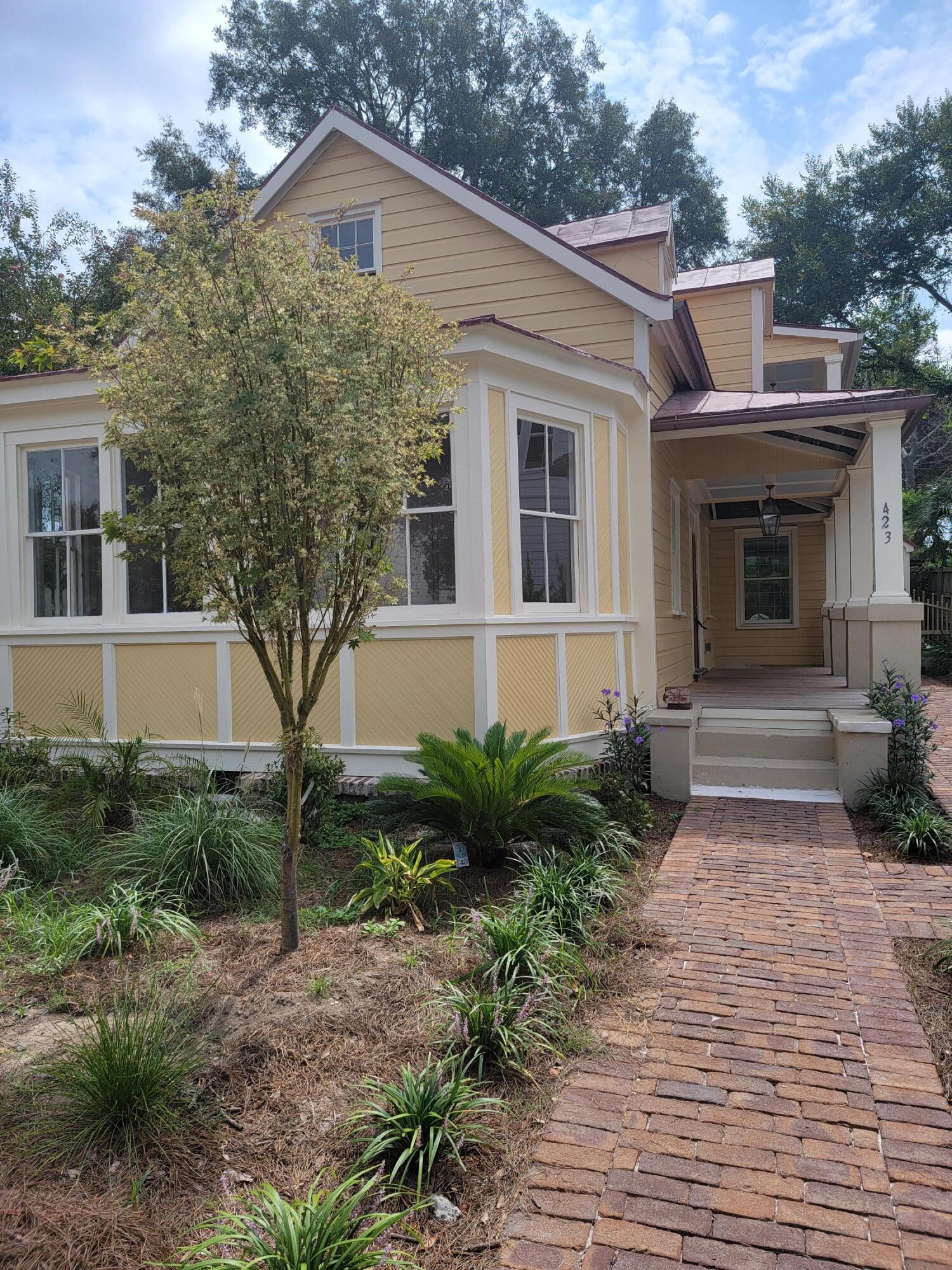 423 King Street, Mount Pleasant, 29464, 3 Bedrooms Bedrooms, ,3 BathroomsBathrooms,Rental,For Rent,King,21026963