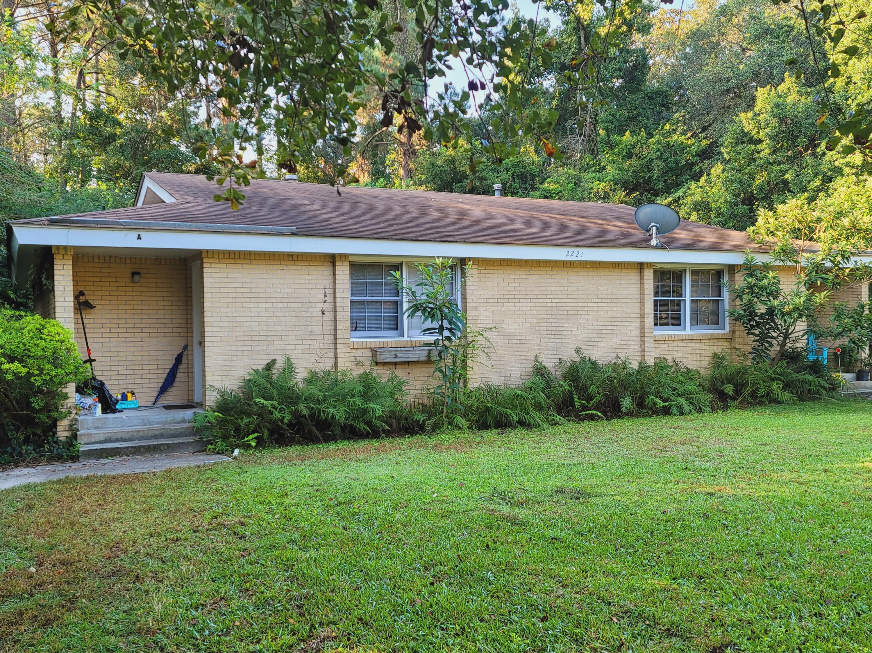 2221 Woodland Shores Road, Charleston, 29412, ,MultiFamily,For Sale,Woodland Shores,21027935