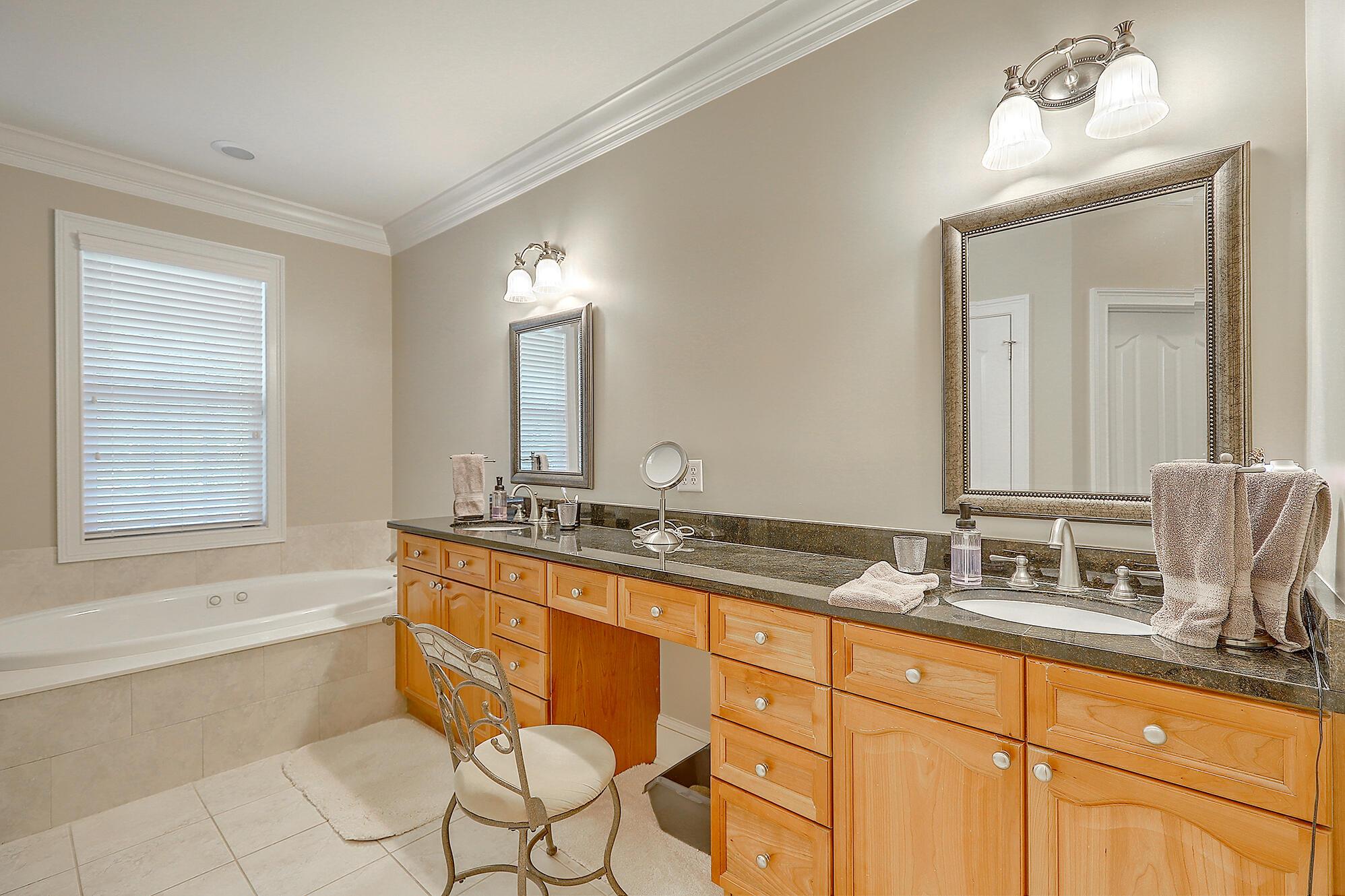 Darrell Creek Homes For Sale - 3750 Saint Ellens, Mount Pleasant, SC - 11