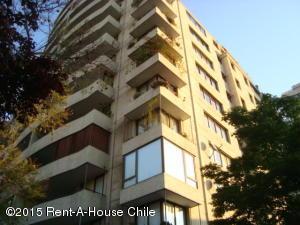 Departamento En Venta En Santiago, Vitacura, Chile, CL RAH: 15-74