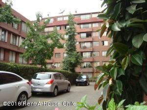 Departamento En Venta En Santiago, Nuñoa, Chile, CL RAH: 15-107