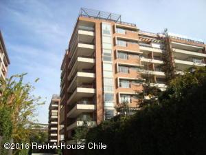 Departamento En Venta En Santiago, Vitacura, Chile, CL RAH: 16-2