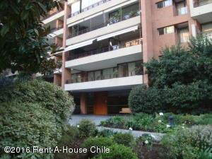 Departamento En Arriendo En Santiago, Vitacura, Chile, CL RAH: 15-141
