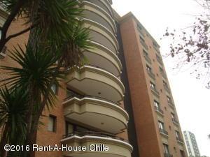Departamento En Arriendo En Santiago, Las Condes, Chile, CL RAH: 15-146