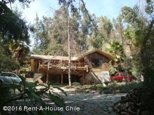 Casa En Venta En Santiago, La Reina, Chile, CL RAH: 14-25