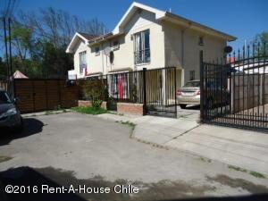 Casa En Venta En Santiago, Maipu, Chile, CL RAH: 15-159