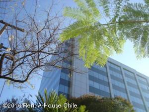 Oficina En Arriendo En Santiago, Providencia, Chile, CL RAH: 15-164