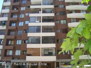 Departamento En Arriendo En Santiago, Santiago Centro, Chile, CL RAH: 17-2