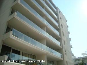 Departamento En Arriendo En Santiago, Nuñoa, Chile, CL RAH: 17-7