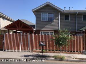 Casa En Venta En Santiago, Maipu, Chile, CL RAH: 17-21
