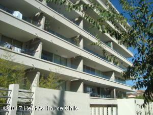 Departamento En Arriendo En Santiago, Las Condes, Chile, CL RAH: 17-27