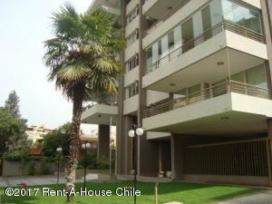 Departamento En Ventaen Santiago, Las Condes, Chile, CL RAH: 17-22