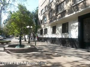 Departamento En Venta En Santiago, Santiago Centro, Chile, CL RAH: 17-29