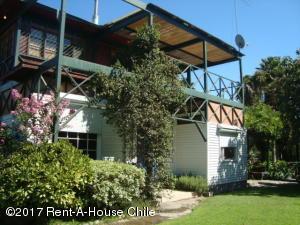 Casa En Ventaen Santiago, Paine, Chile, CL RAH: 17-41