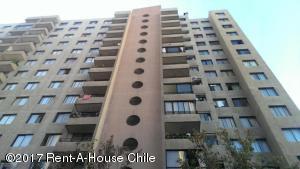 Departamento En Arriendo En Santiago, Santiago Centro, Chile, CL RAH: 17-45