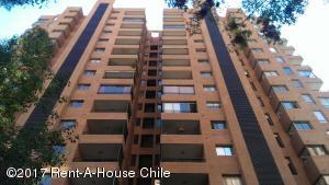 Departamento En Arriendo En Santiago, Las Condes, Chile, CL RAH: 17-61
