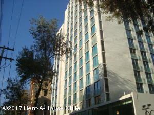 Departamento En Arriendo En Santiago, Las Condes, Chile, CL RAH: 17-56