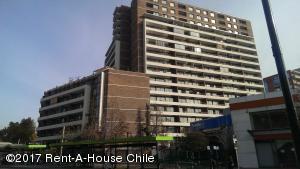 Departamento En Arriendo En Santiago, Nuñoa, Chile, CL RAH: 17-68