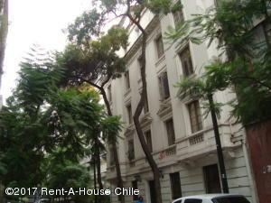 Departamento En Arriendo En Santiago, Santiago Centro, Chile, CL RAH: 17-73