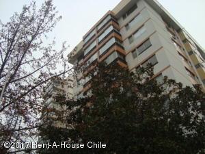 Departamento En Arriendo En Santiago, Vitacura, Chile, CL RAH: 17-78