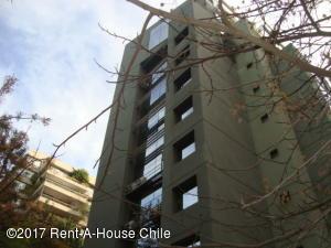Oficina En Arriendo En Santiago, Las Condes, Chile, CL RAH: 17-79