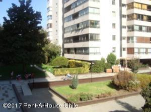 Departamento En Ventaen Santiago, Vitacura, Chile, CL RAH: 17-84