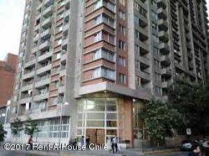 ODOARDO ENRIQUE MARTINEZ Departamento En Venta En Santiago Centro Código: 17-89