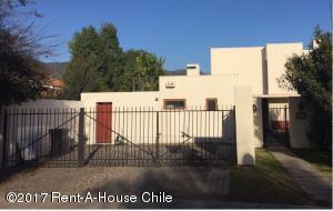 Casa En Arriendo En Santiago, Colina, Chile, CL RAH: 17-92