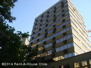 Edificio En Arriendoen Santiago, Providencia, Chile, CL RAH: 17-93